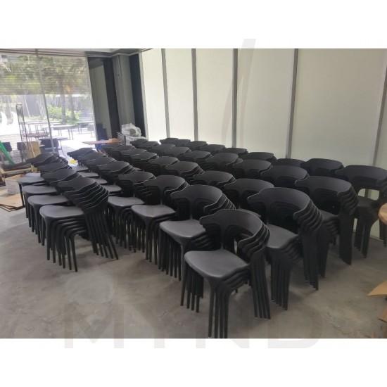 PITBULL Premium PP Chair